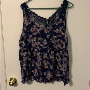 Torrid Size 2 Floral and Lace Tank Top